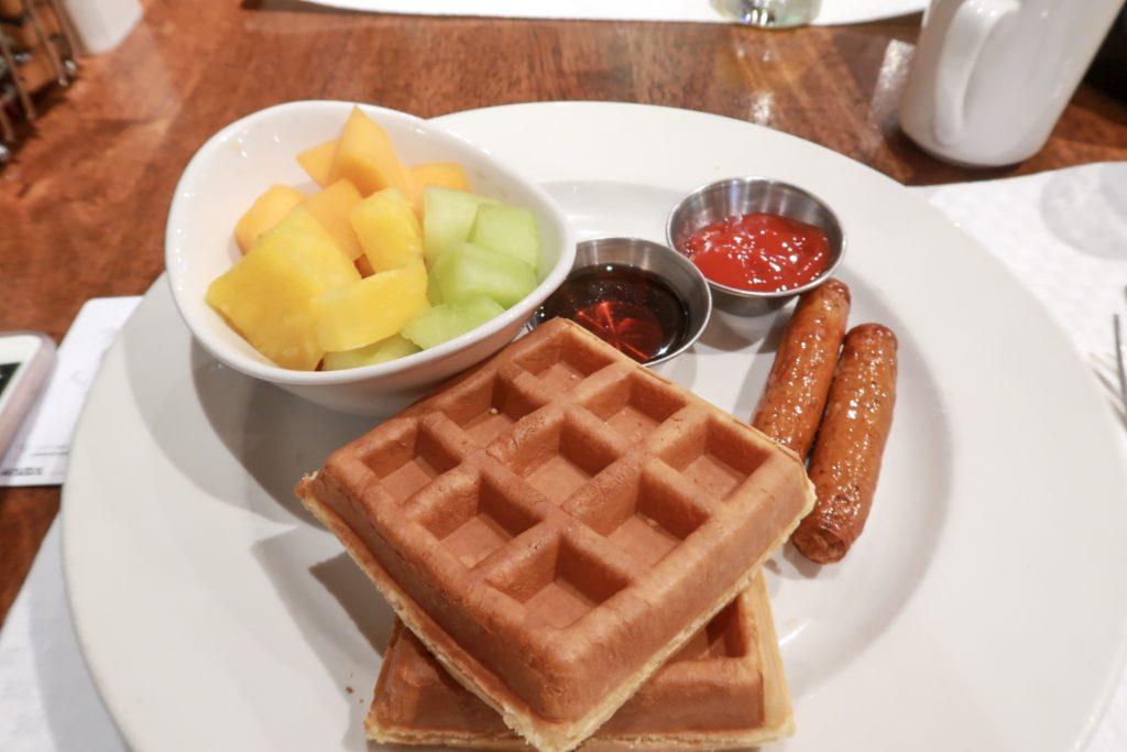 St. Regis Hotel Vancouver Breakfast