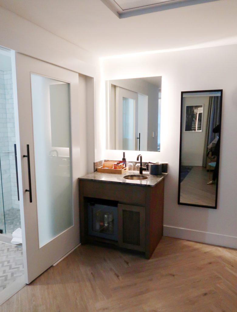 exchange hotel superior queen room 2